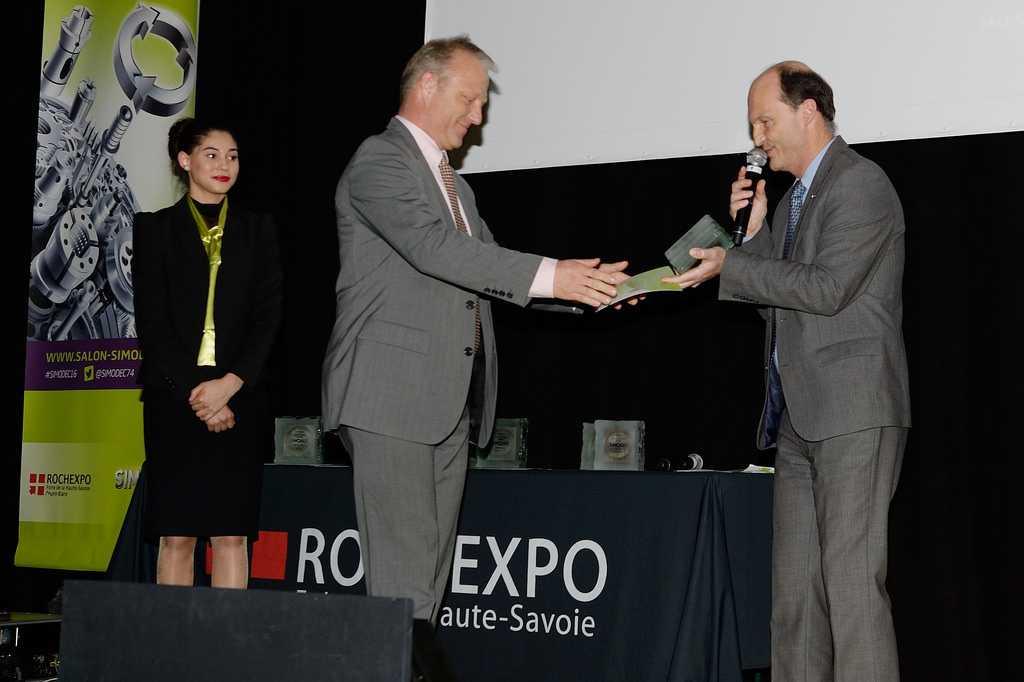 Savoie Transmissions fabricant machine spéciale trophée Simodec 2016
